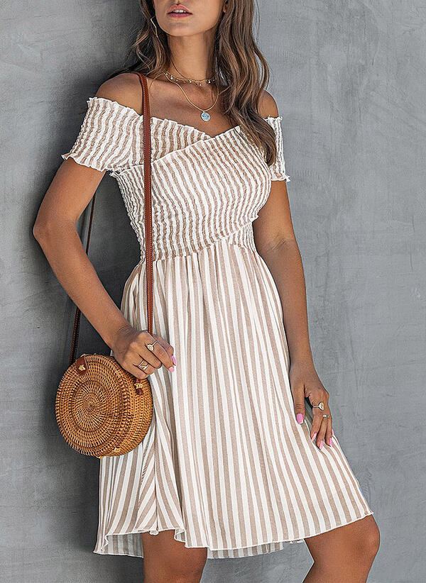 Striped Short Sleeves A-line Knee Length Casual/Vacation Skater Dresses