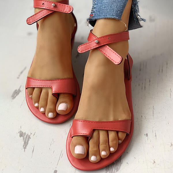 Women's PU Flat Heel Sandals Toe Ring With Hollow-out Crisscross shoes