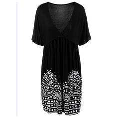 Plus Size Print Short Sleeves A-line Above Knee Casual Vacation Dress